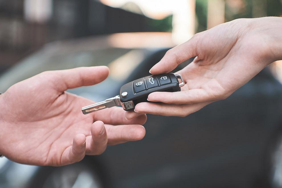 Renting vehículos ventajas inconvenientes