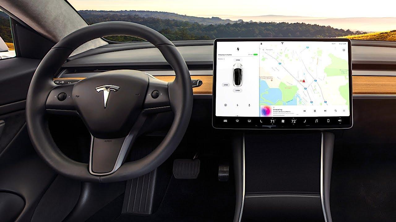 Tesla, interior