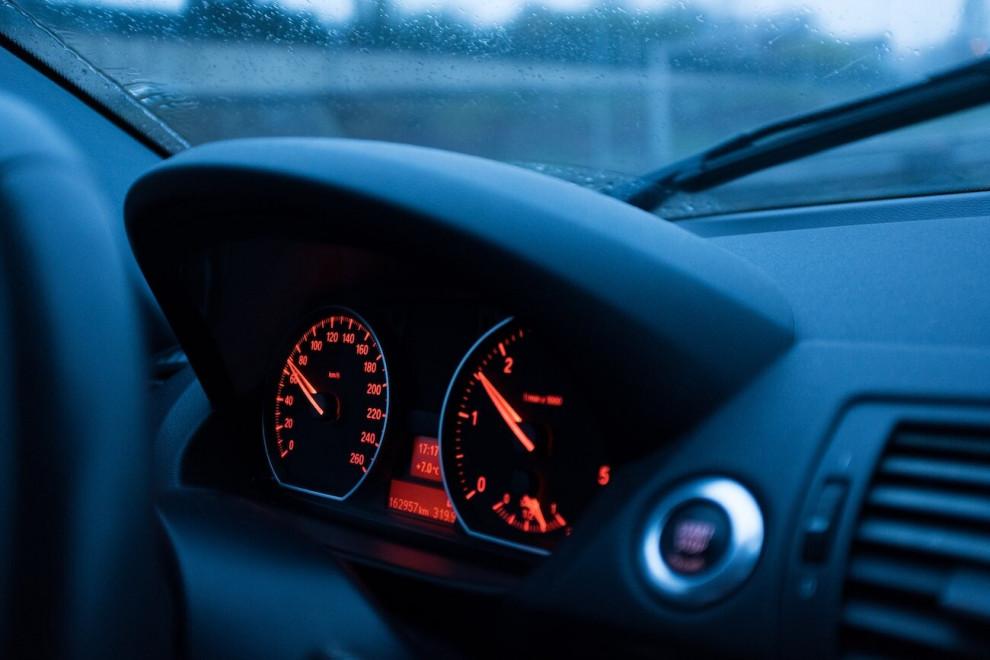 Asistente inteligente velocidad
