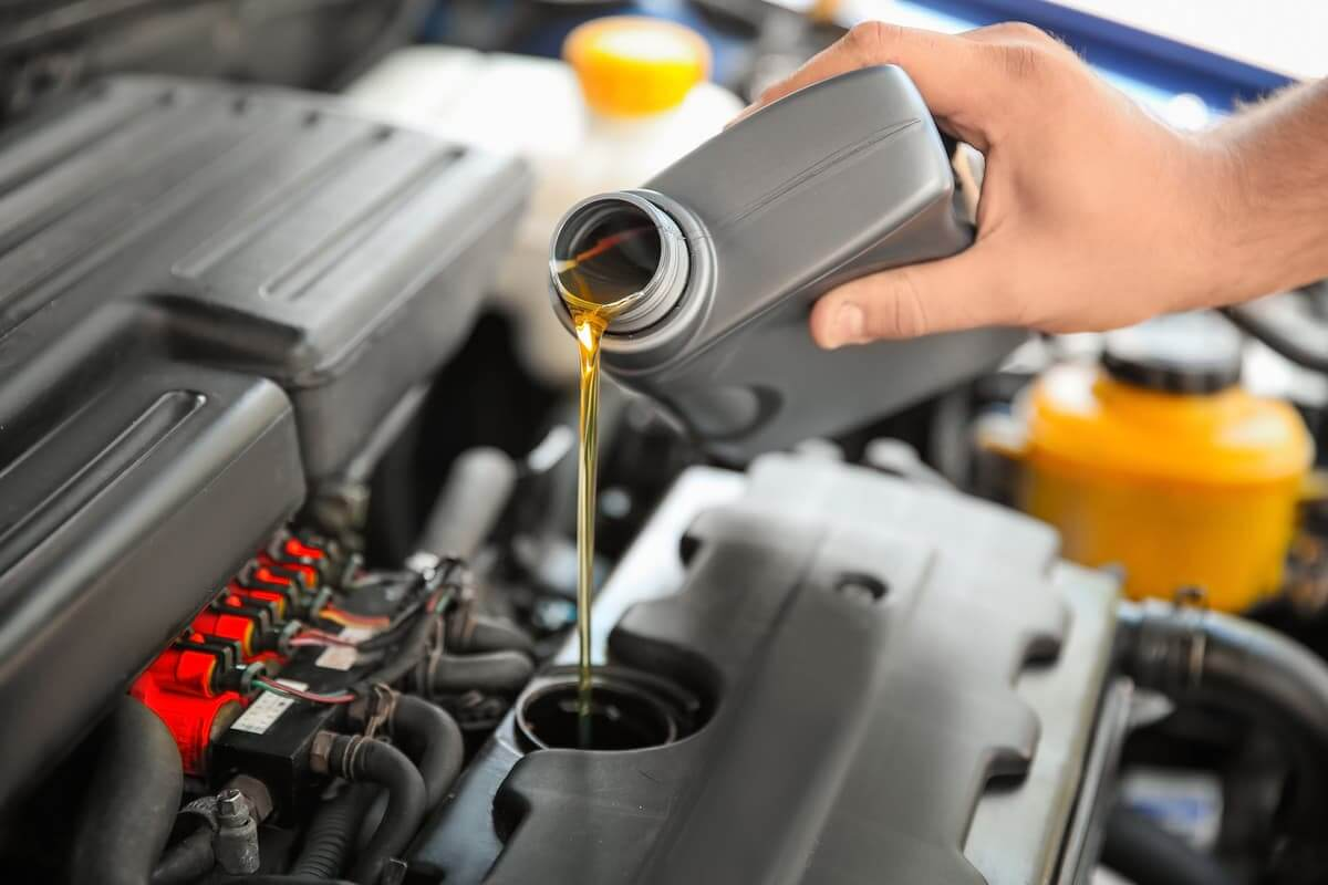 Cómo cambiar aceite coche
